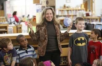 Lynne Cherry with children